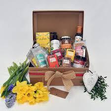 Pamper Gift Basket Happy Healthy Pamper Hamper Yumbles Com