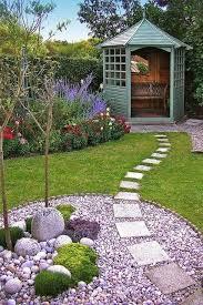 Backyard Walkway Ideas by 25 Best Front Walkway Landscaping Ideas On Pinterest Sidewalk