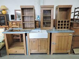 table meuble cuisine table de cuisine en pin peinture table cuisine chaises