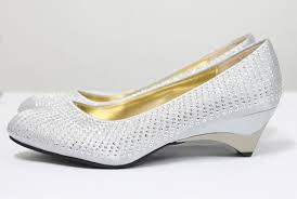 wedding shoes low heel silver silver wedding shoes low heel