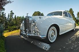 antique rolls royce for sale man pays 9 million for car license plate in dubai fortune