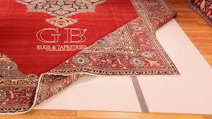come lavare i tappeti sottotappeto antiscivolo protegge tappeti e persone
