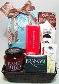 Gift Baskets Chicago Gourmet Chicago Chocolate Gift Baskets For Clients Family