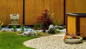 Diy Japanese Rock Garden Diy Japanese Rock Garden Gorgeous Garden Encased In A Fence Of