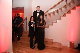 Lurch Addams Family Halloween Costume Costumed Celebrities 2015 Costume Playbook Cosplay