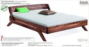 Schlafzimmer Bett Nussbaum Nera Naturholzbett Ein Bett Aus Nachhaltigem Massivholz Von
