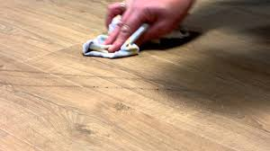 Removing Scratches From Laminate Flooring Laminate Flooring Maintenance How To Deal With Scuffmarks Youtube