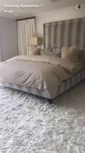 khloe kardashian bedroom chloe s kardashian bed stefaniachrys pillows pinterest