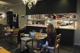 restaurant cuisine ouverte l auberge basque à pée sur nivelle cédric béchade