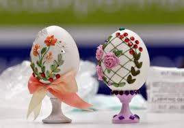 Easter Table Decorations Religious by Egg Shell And Flower Ideas For Eco Friendly Easter Decorating