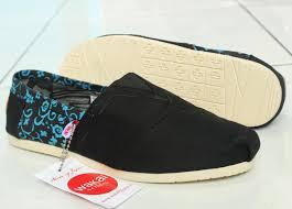 Jual Sepatu Wakai jual sepatu casual kets flat santai sekolah murah wakai navy