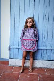 tablier bleu marine les 25 meilleures idées de la catégorie tablier école fille sur