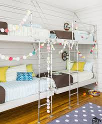 hgtv fixer upper hosts holiday home pictures popsugar home photo 3