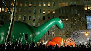 your guide to the macy s thanksgiving parade balloon inflation