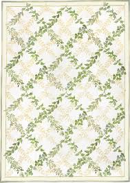 Green Trellis Rug 12 Stunning Interiors How To Decorate With Green Rugs And Accents