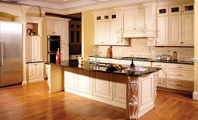 how to glaze kitchen cabinets cream maple glazed kitchen cabinet cream city cabinets