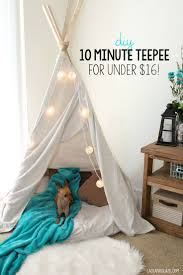Tents For Kids Room by Best 25 Teepee For Kids Ideas Only On Pinterest Teepee Tutorial