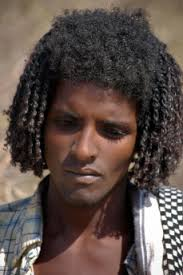 southern man hair style this man from the beja tribe in southern egypt bears a striking