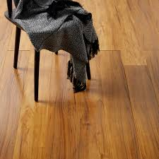 Sticky Back Laminate Flooring Bannerton Natural Mahogany Effect Laminate Flooring 2 058 M Pack