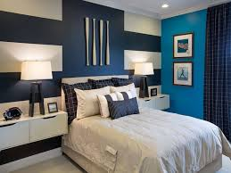 modern home interior design 2 accent walls in bedroom quilted