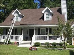 House Colors Exterior Best 25 Brown Roofs Ideas On Pinterest Exterior House Paint