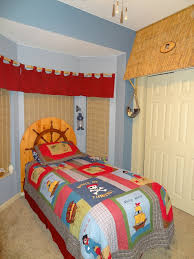 Jake And The Neverland Pirates Curtains 37 Best Pirate Bedroom Images On Pinterest Pirate Bedroom
