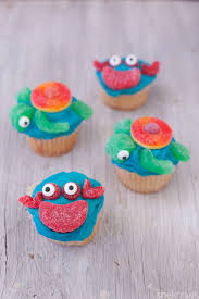 cute sea creature cupcakes even amateur bakers can make