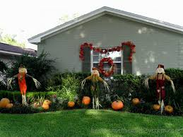 Outdoor Halloween Decorations With Hay by Outdoor Halloween Decorations 1 Best Home Theater Systems Home