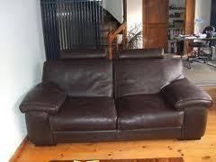 canapé en cuir marron cherche je voudrais avoir si possible 1 canapé cuir couleur chocolat