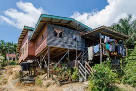 file bukit garam sabah house at a slope on stilts 01 jpg
