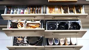 ranger placard cuisine idee de rangement cuisine petit meuble de rangement cuisine idee