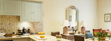 best dulux white paint for kitchen cabinets the best paint colours for facing rooms earthborn paints