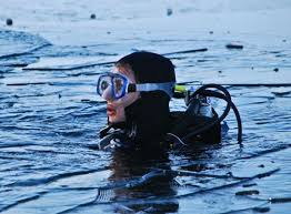the best black friday deals on snorkeling equipment choosing a scuba mask u2013 tips to stop leaking and fogging