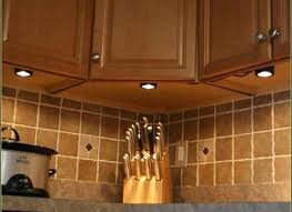 under cabinet led lighting reviews battery under counter lighting u2013 kitchenlighting co