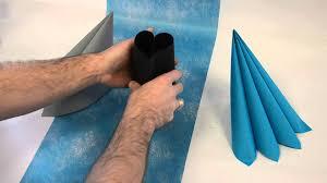 Pliage Serviette Papier Poinsettia by Decodefete Com Pliage De Serviette En Forme De Coeur Youtube