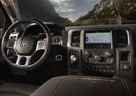 Gmc Sierra 2015 Interior 2015 Ram 1500 Vs 2015 Gmc Sierra Comparison Review By Zeigler