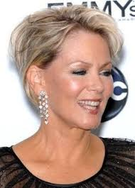 popular hair styles for 35 year olds kris jenner haircuts great short hair for women over 50 short