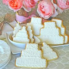 wedding cake cookies cake party favors from the solvang bakery wedding cookie favors