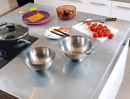 plan de travail cuisine en zinc un plan de travail en zinc