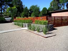 Modern Front Yard Desert Landscaping With Palm Tree And Front Yard Landscaping Pictures Gallery Landscaping Network