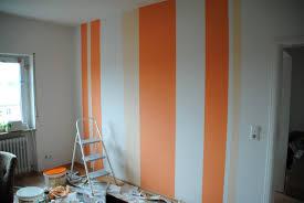 wohnzimmer ideen kupfer blau wandstreifen ideen wohnzimmer kühl auf moderne deko in unternehmen
