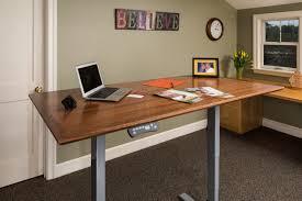 Best Adjustable Height Desks by Best Adjustable Height Desk For Professionals U2013 Upstanding Designs