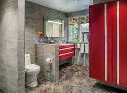 badezimmer rot 40 design ideen für kleine badezimmer
