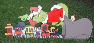 grinch lawn ornament robbery 16045934
