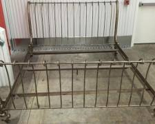 Iron King Bed Frame Transport A Cast Iron King Size Bed Frame To Baton