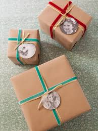 how to make photograph gift tags how tos diy