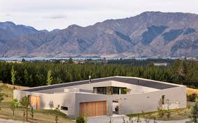 lake hawea courtyard house paterson architecture collective