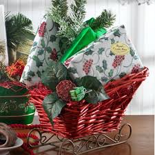 christmas gift basket ideas traditional christmas gift basket idea family net guide