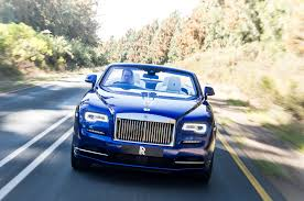 rolls royce dawn blue 2016 rolls royce dawn front view in motion 10 motor trend