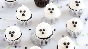 mini ghost cupcakes u2022 sarahs bake studio